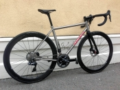 Seven road disc Dura Ace Di2