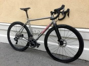 Seven road disc Dura Ace Di2 Enve Quarq